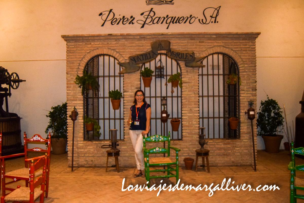 Margalliver en la bodeba Pérez Barquero, Enoturismo en Montilla - Los viajes de Margalliver